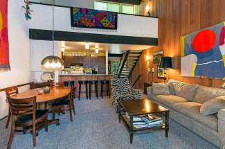 Pristine Kingswood Village Condominium