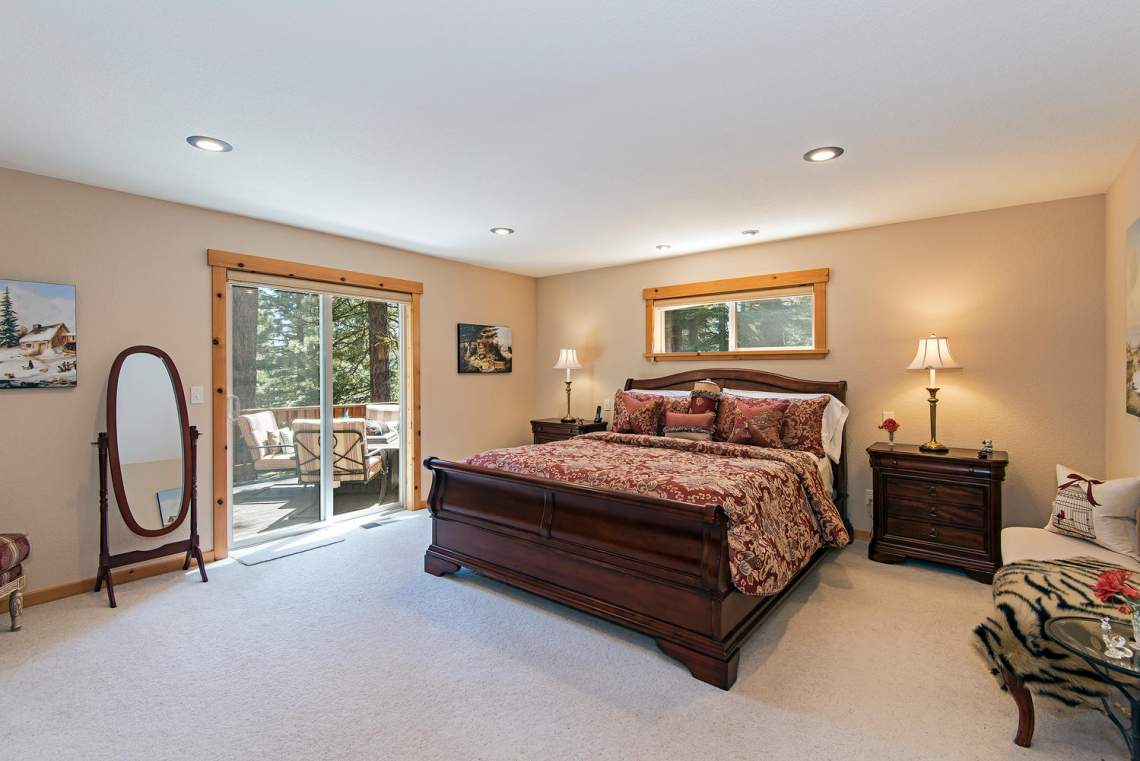 Bright Cheerful Tahoe Donner Spectacular Lake Tahoe Real Estate Truckee Real Estate