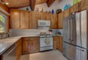 135-Timber-Dr-Tahoe-City-CA-large-005-12-Kitchen-1500x1000-72dpi