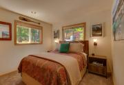 4400 Piney Wood Rd Carnelian-large-016-6-Bathroom-1500x1000-72dpi