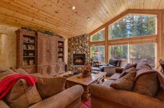 Deluxe Mountain Home