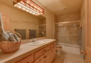 4429 Muletail Dr Carnelian Bay-large-013-11-Bathroom-1500x1000-72dpi