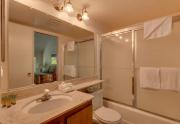 5101 N Lake Blvd 48 Carnelian-large-012-2-Bathroom-1500x1000-72dpi