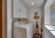 5447 N Lake Blvd Carnelian Bay-large-013-1-Laundry-1500x1000-72dpi