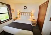 39-Franciscan-bedroom