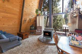 West Shore Cabin in the Pines