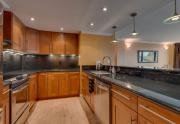 9200-Brockway-Springs-Dr-62-print-005-9-Kitchen-4200x2801-300dpi